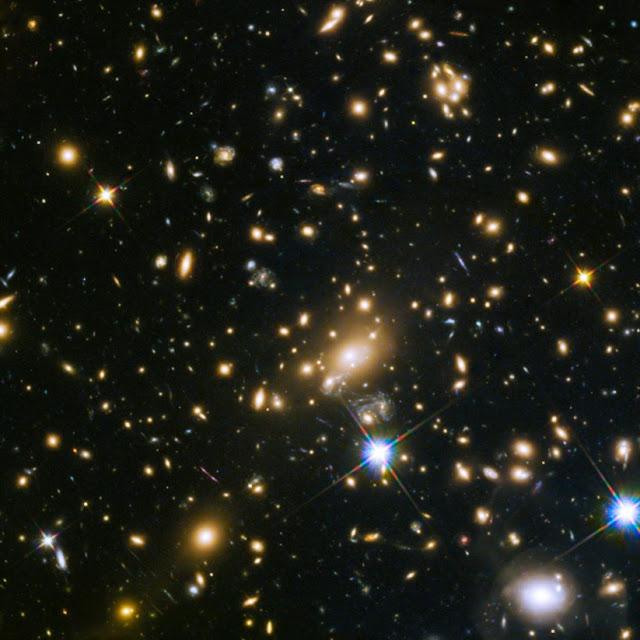 O Telescópio Hubble detectou a estrelas más longe já observada