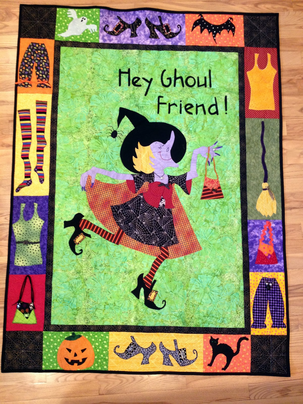 Worth Pinning Hey Ghoul Friend Halloween Witch Quilt