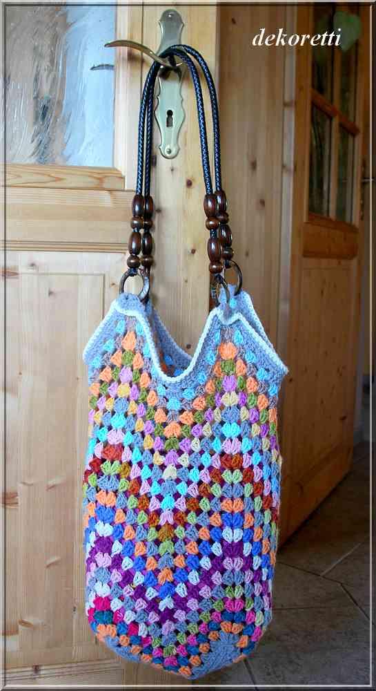 dekoretti´s Welt: Eine Häkeltasche aus bunten Wollresten ...