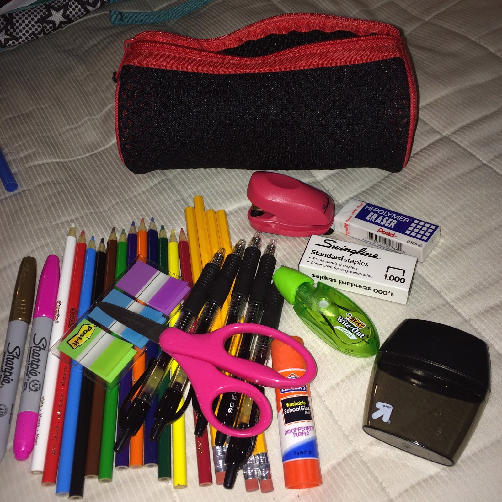 Fabiana Solano What S In My School Bag Senior Year Edition