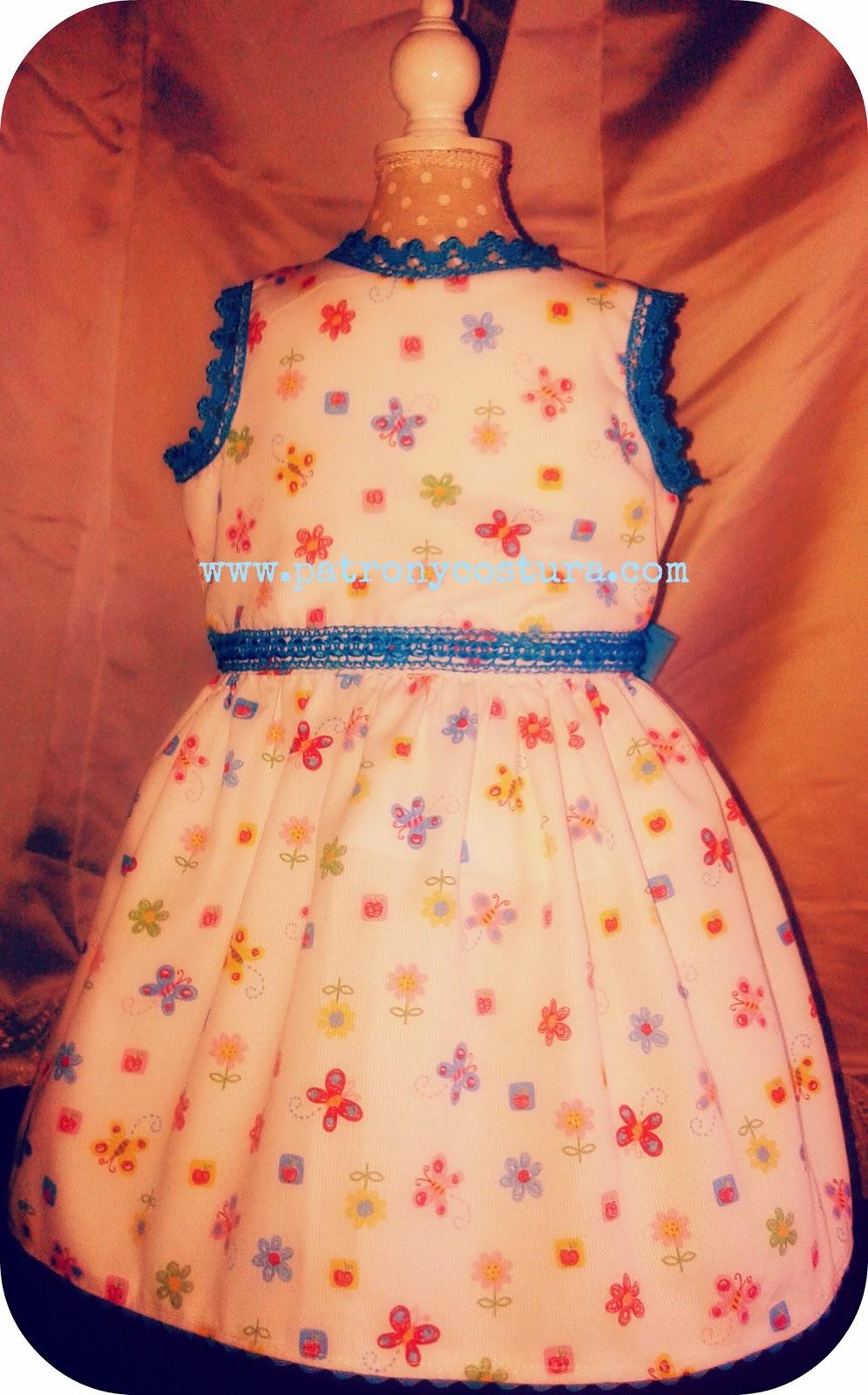 http://www.patronycostura.com/2015/03/vestido-mariposas-cruzado-en-la-espalda.html?spref=fb