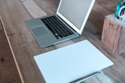 5 Ide Usaha Menjadi Penulis Paruh Waktu