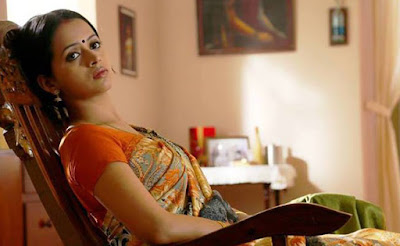 Bhavana hot saree images