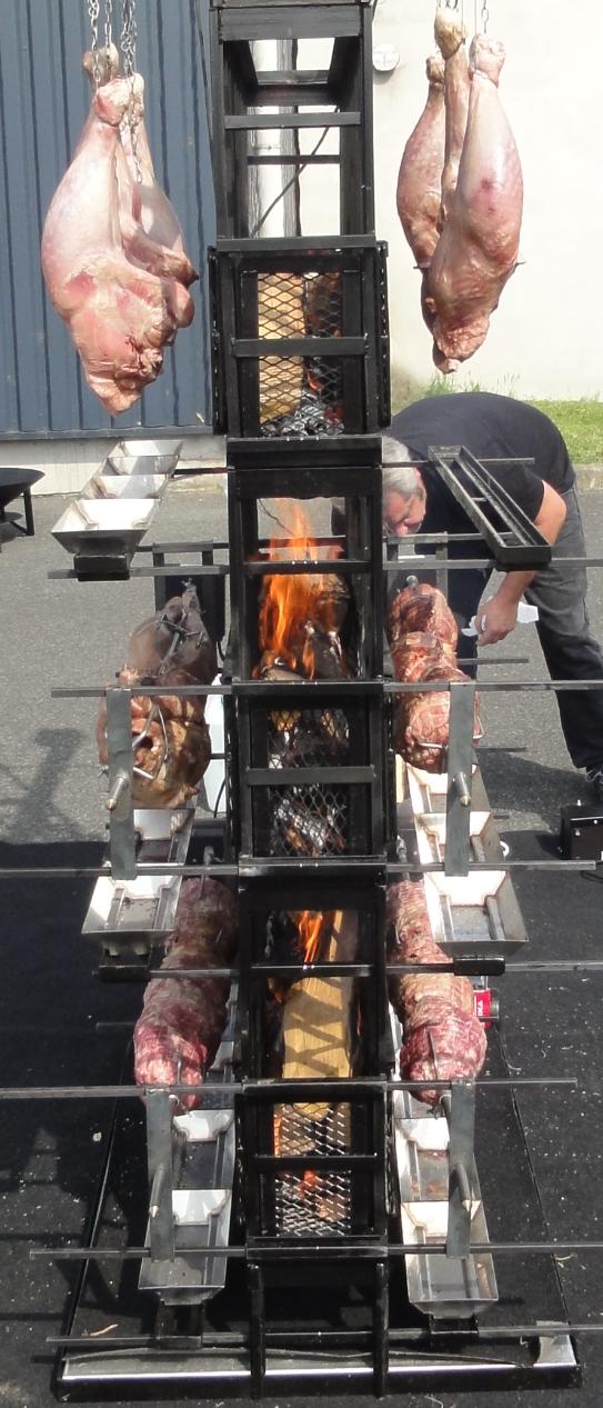 Barbecue géant mixte pour événement festif - traiteur événementiel Aquitaine