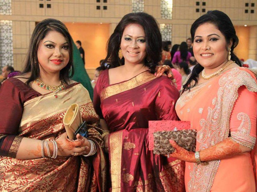 25 Hot Indian Housewife Photos  Hindi Kahaniya-4140