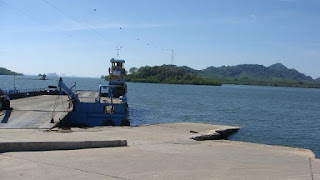 Saladan Pier - the ferry is the only whay to get to Lanta by car