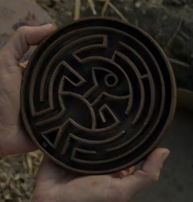 http://yonomeaburro.blogspot.com.es/2016/12/westworld-1x10-claves-final-segunda-temporada-laberinto.html
