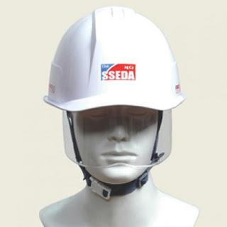 In logo lên mũ bảo hộ - Xưởng in trên mọi chất liệu Minh Châu