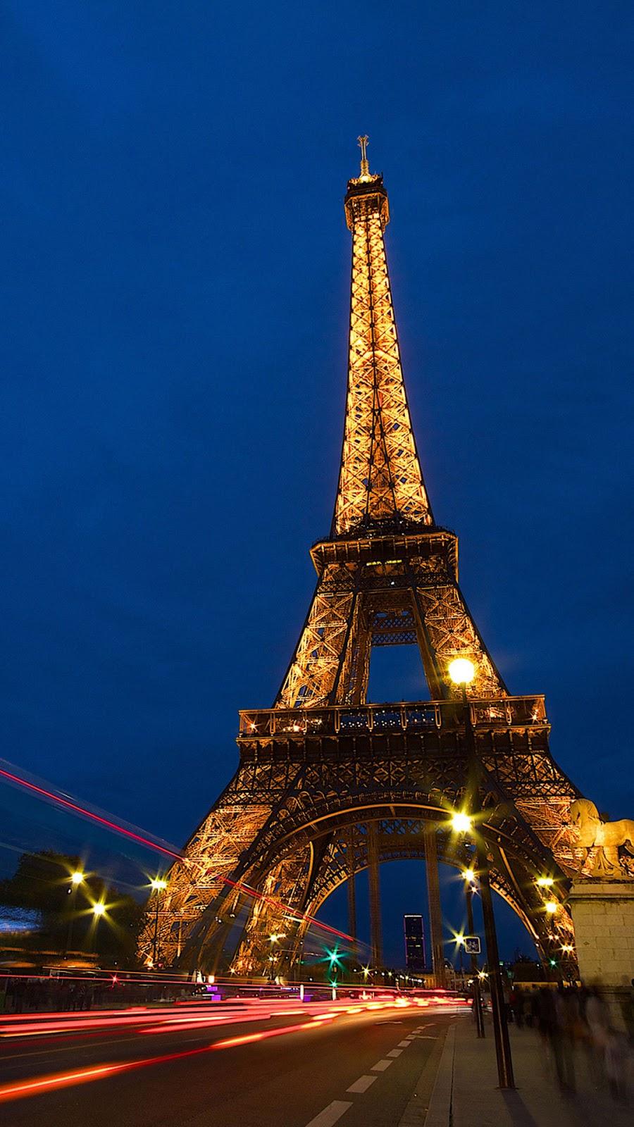 Wallpaper Android Menara Eiffel Malam Hari