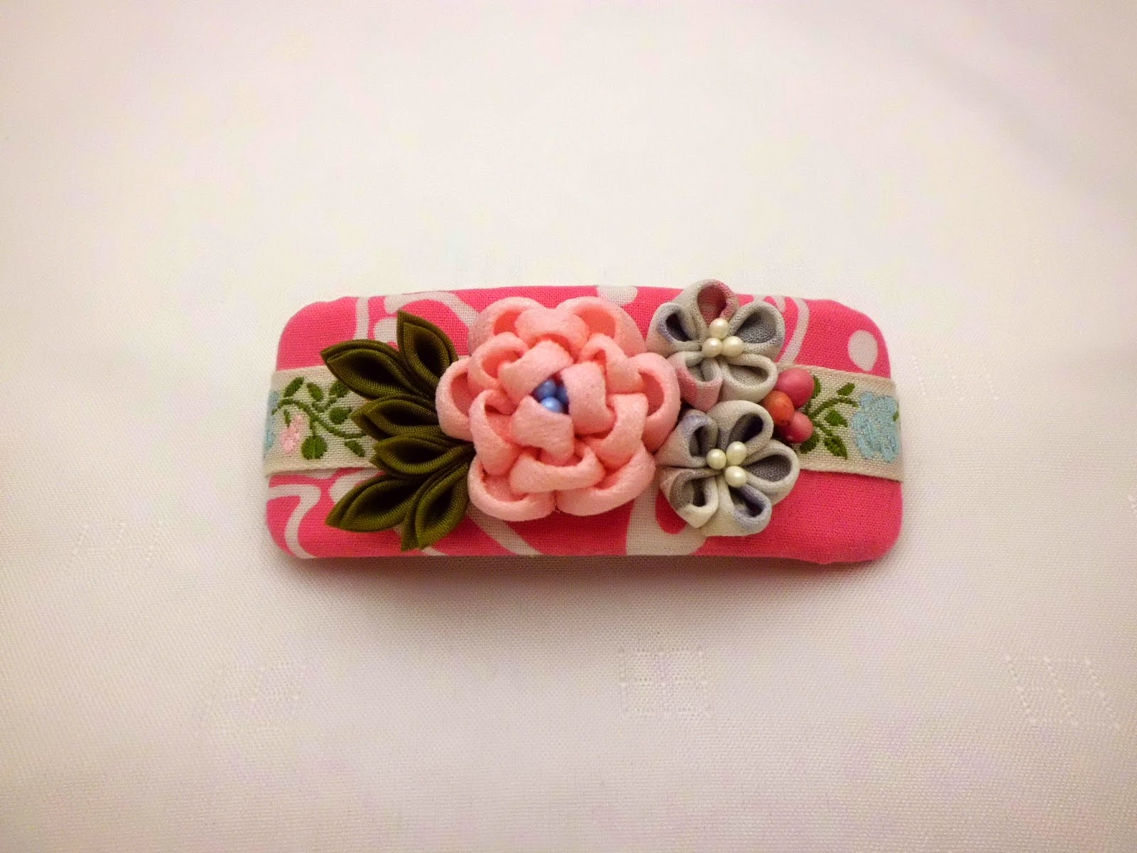 https://www.etsy.com/listing/227152023/handmade-french-barrette-pink-peony