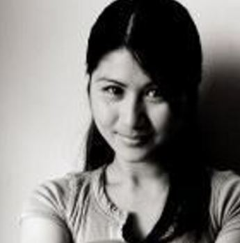 LOOK! This Is What Angel Locsin Is Doing To Her Friends Even Though She Has A Busy Schedule!
