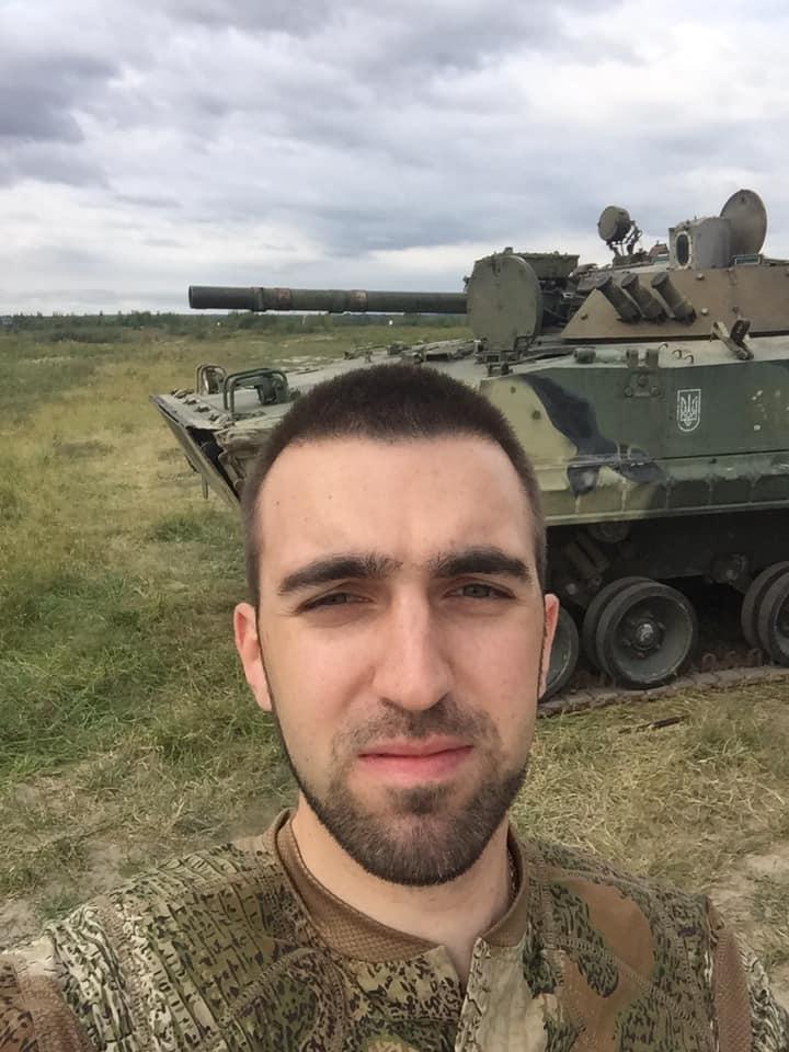 Україна виробляє на експорт 100-мм снаряди для БМП-3