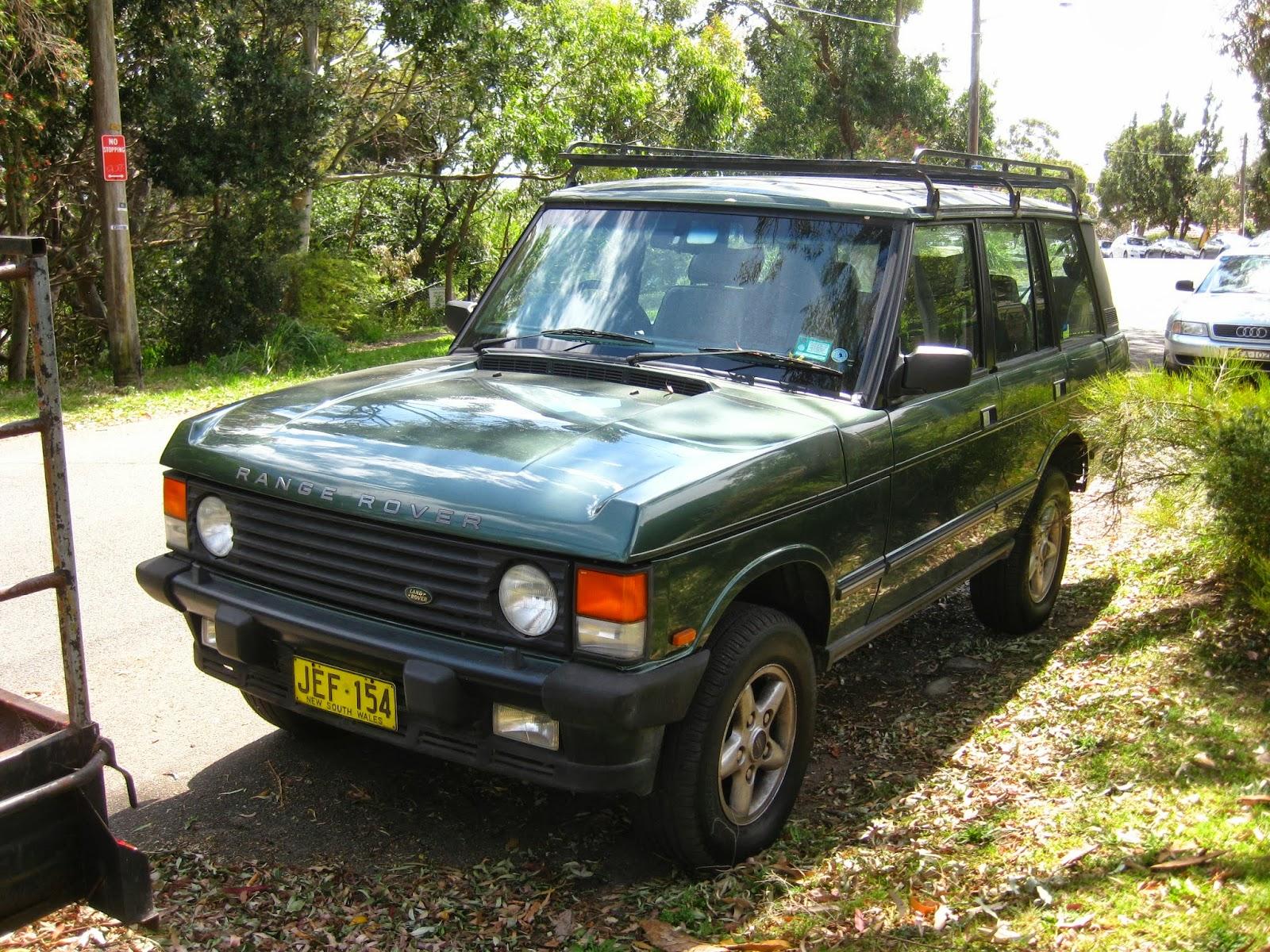 Aussie Old Parked Cars 1994 Range Rover Classic Vogue SE