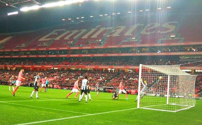 Benfica Futebol Lisandro