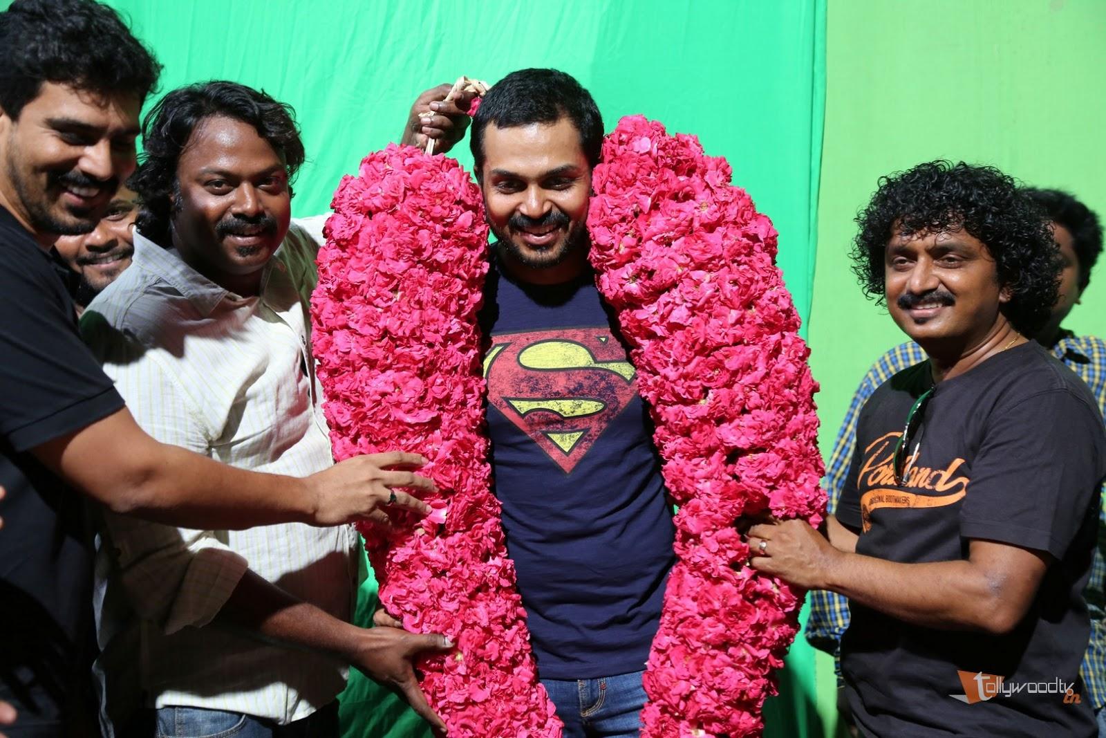 Karthi B'Day Celebration At Kashmora Shooting Spot-HQ-Photo-8