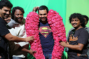 Karthi B'Day Celebration At Kashmora Shooting Spot-thumbnail-8