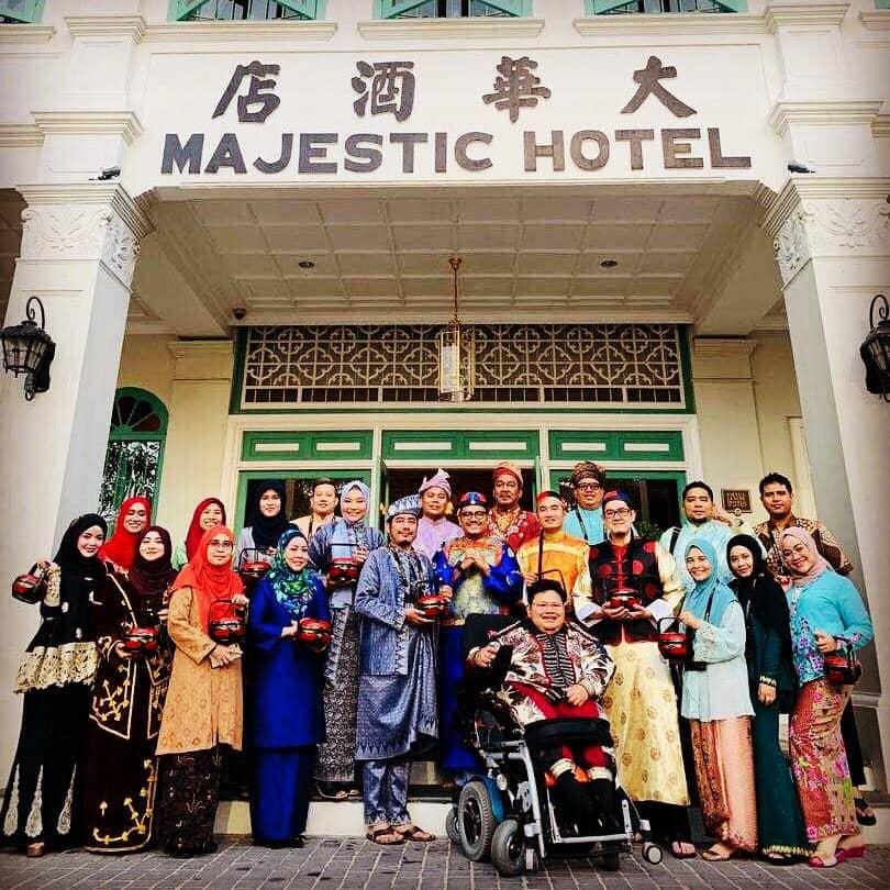 Jamumall, Khairul Nizam, Siti Jamumall, Disability is a superpower, Rawlins GLAM, Amazing Man