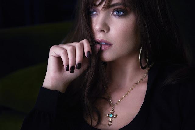 Pixels actress Ashley Benson (Lady Lisa) Full HD Photos & Wallpapers