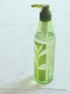 Innisfree green tea body cleanser