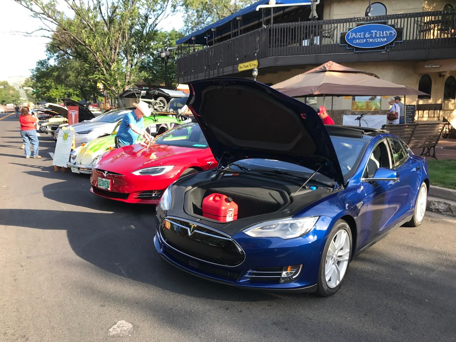 Colorado Springs EV Club: Old Colorado City Car Show