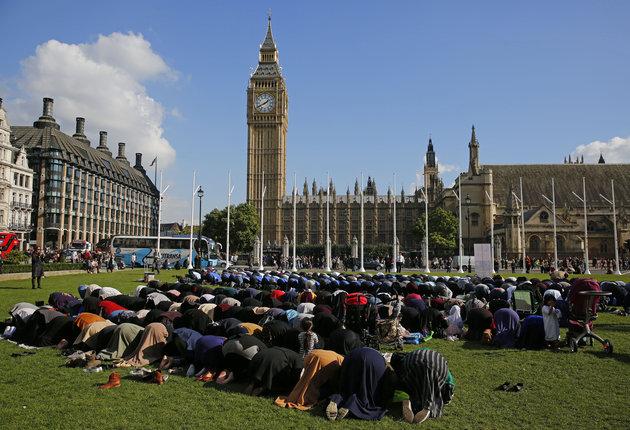 7 أخطاء هائلة لصحُف بريطانية متعلقة بالمسلمين