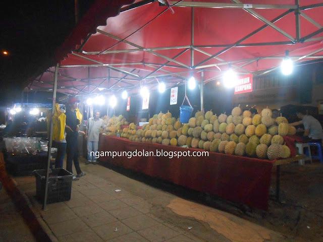 Kampung Durian Runtuh Malaysia