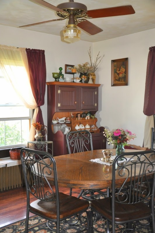 A Joyful Cottage Living Large In Small Spaces Frugal