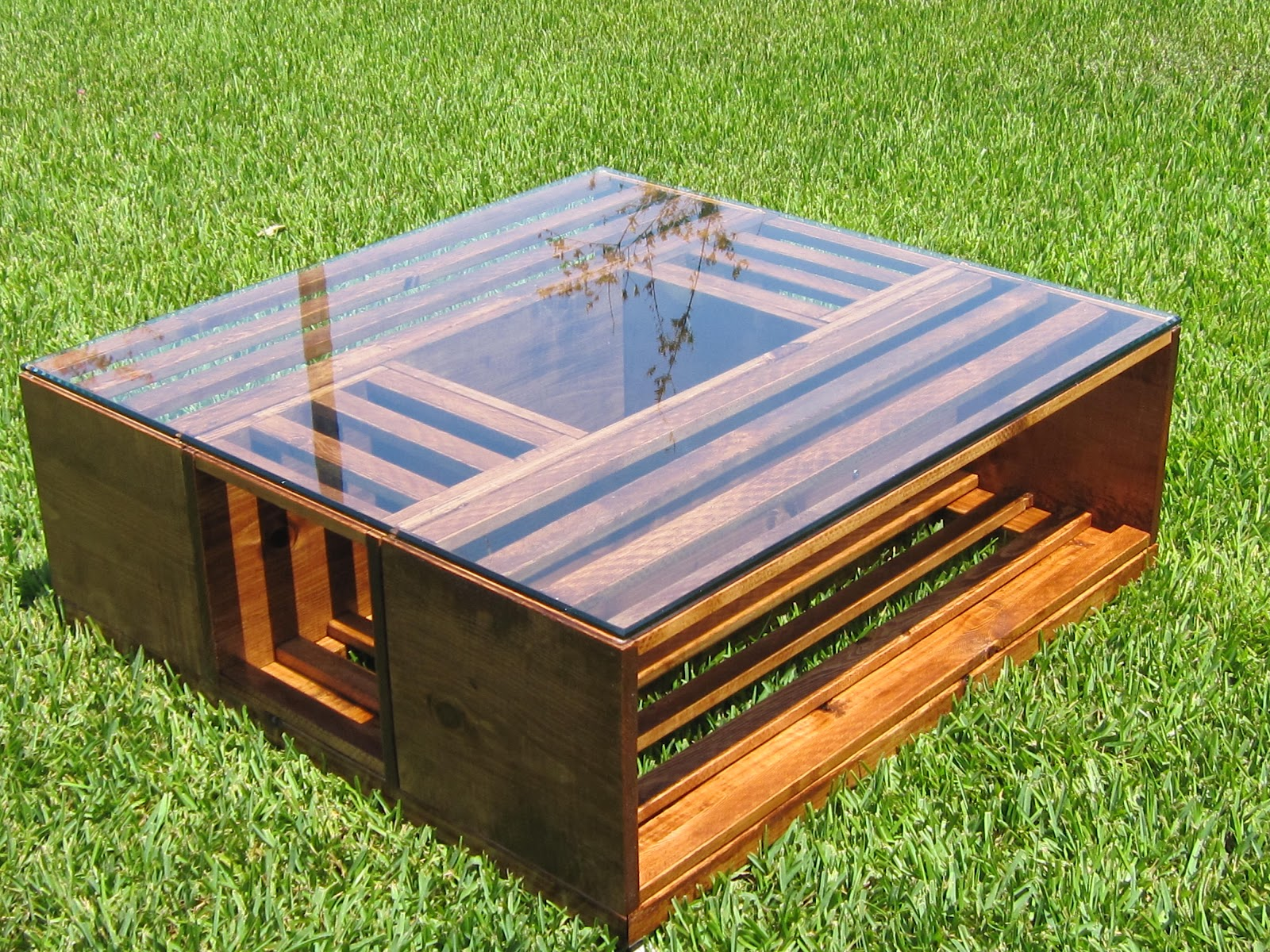 Coffee table gun cabinet for Coffee table made out of wooden crates