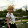 Short black skirt and blouse in the flowers - mój outfit na Wielkanocny spacer
