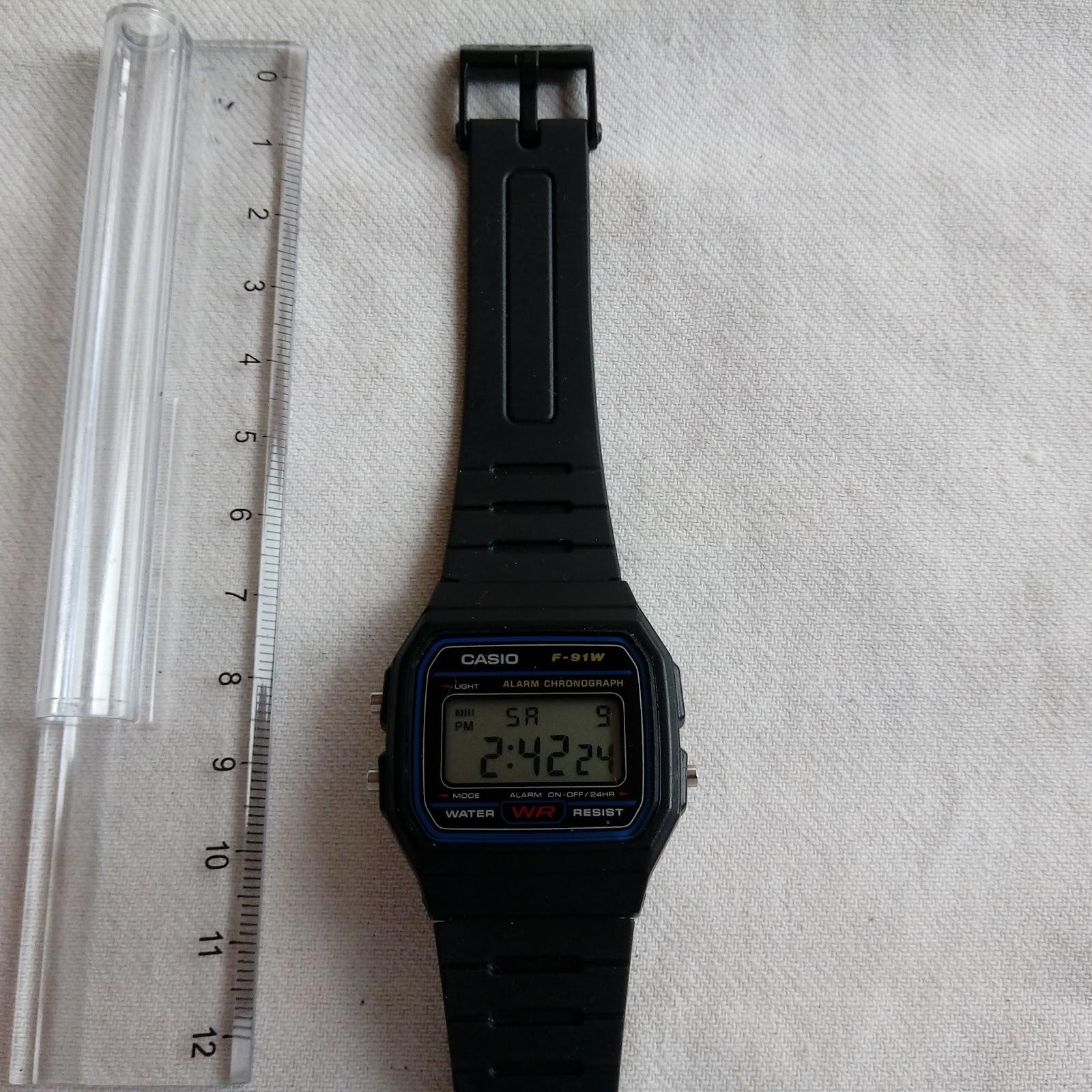 10f8b2529 Reloj deportivo color naranja marca Nike 20€