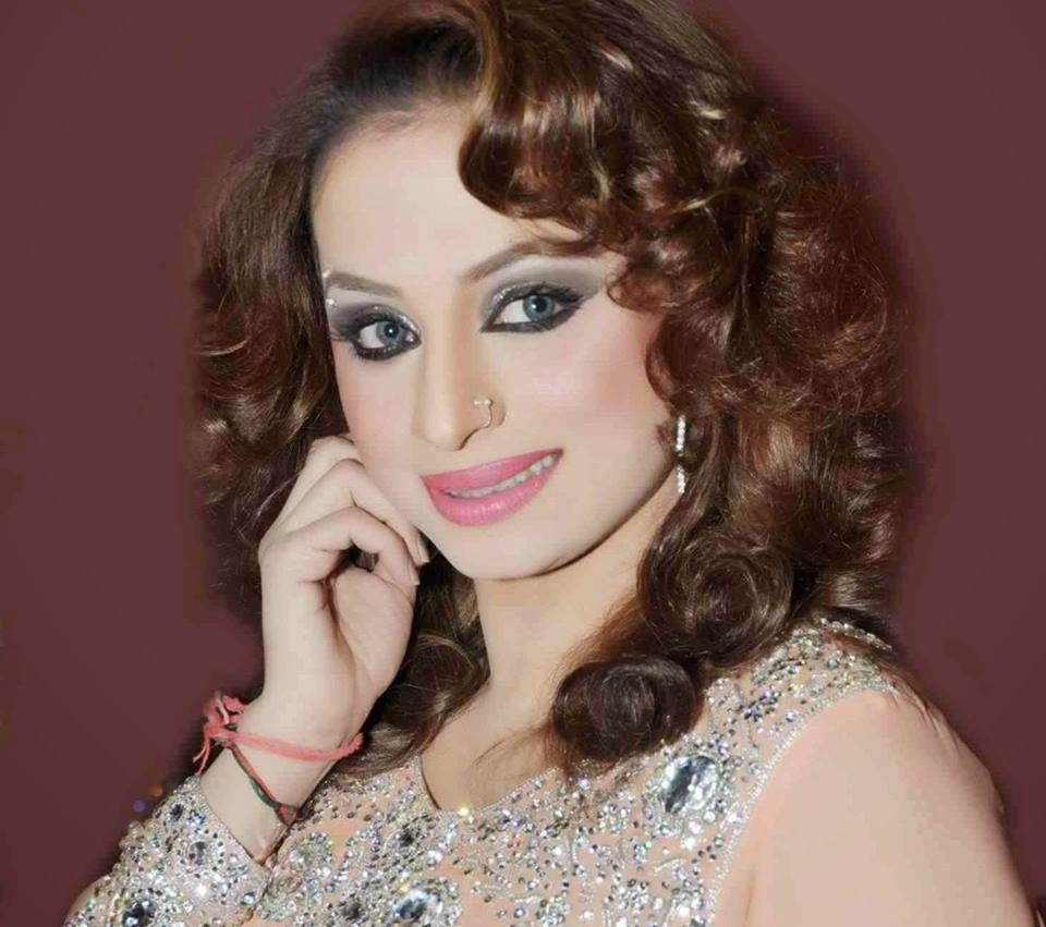 Pakistani Hot Mujra Indian Hot Aunty Boobs Show Video-4761