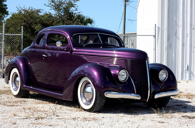"""1938 Chevy Coupe For Sale >> 247 AUTOHOLIC: 1938 Ford Custom """"Barris"""" Coupe"""