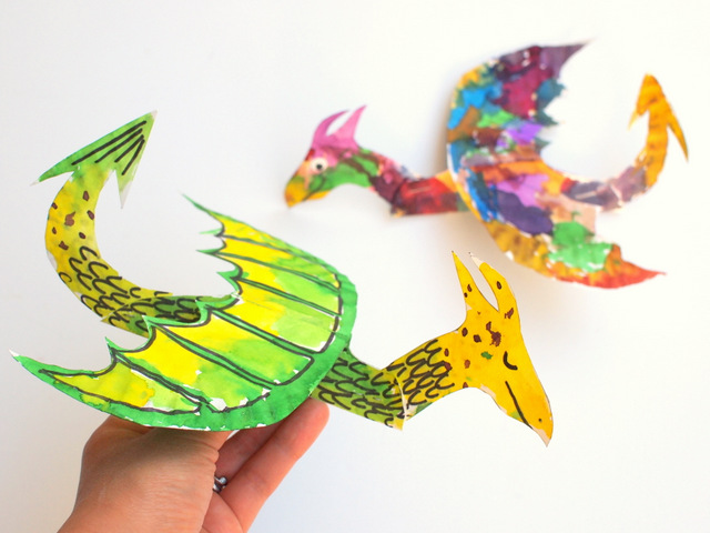 Easy Kids art project- make dragons and paint them (from paper plates!)