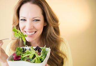 Tekanan Darah Tinggi? Inilah 4 Makanan yang Bantu Turunkan Tekanan Darah Tinggi