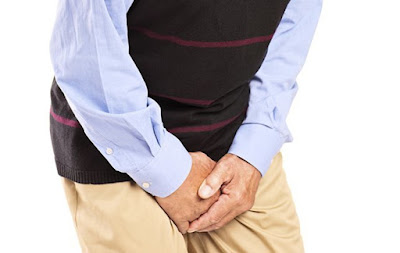 Kencing Sakit dan Urinenya Berwarna Merah