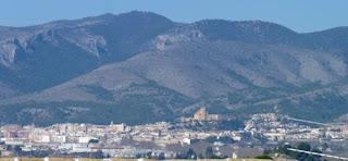 Vistas de Caravaca de la Cruz desde la Oficina de Turismo de Cehegín.