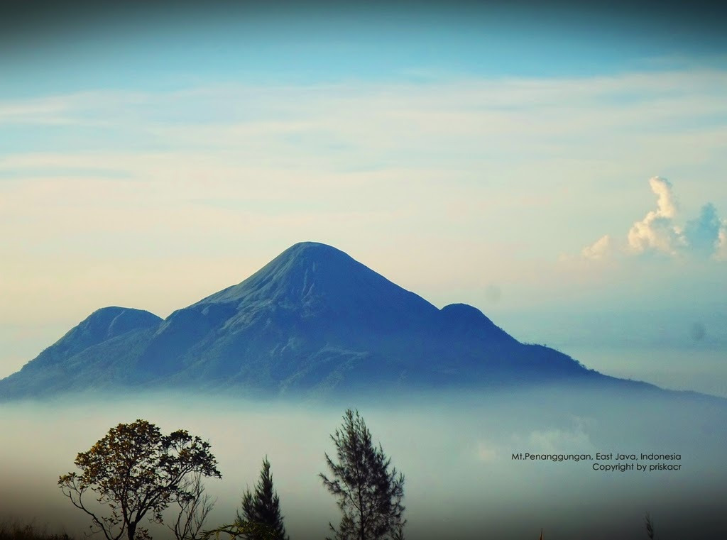 Pendakian Gunung Penanggungan 1 653 Mdpl Via Tamiajeng Manusia Lembah