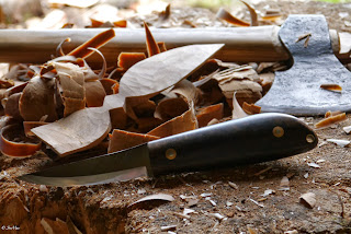 MaChris bushcraft knife. Bushcraft knife. ball bearing steel 52100. Jon Mac. Chris Grant.