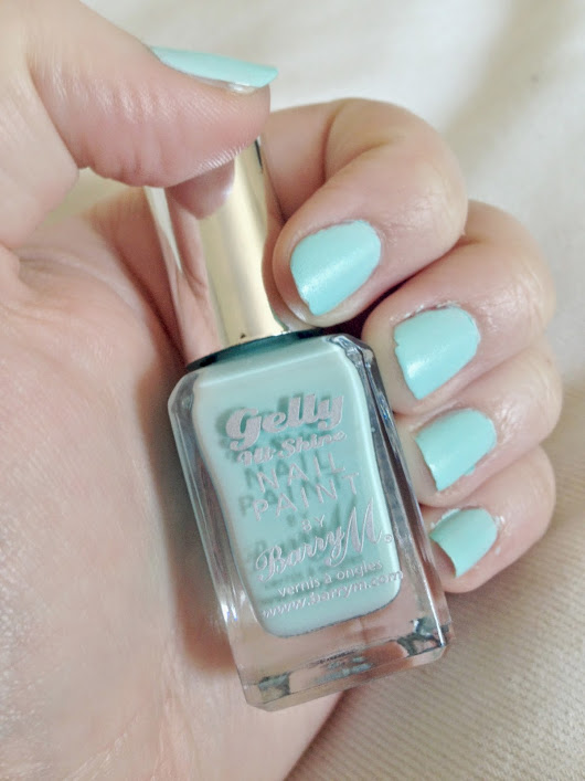 Review | Barry M Hi-Shine Gelly Nail Paint in 'Sugar Apple'