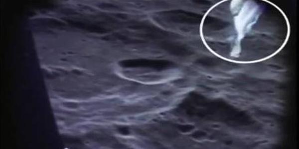 Σοκαριστικό βίντεο αλλάζει όλα όσα ξέραμε: Η αποστολή της NASA στη Σελήνη ήταν ψεύτικη