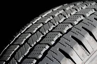 العجلات على الطرق والحوادث