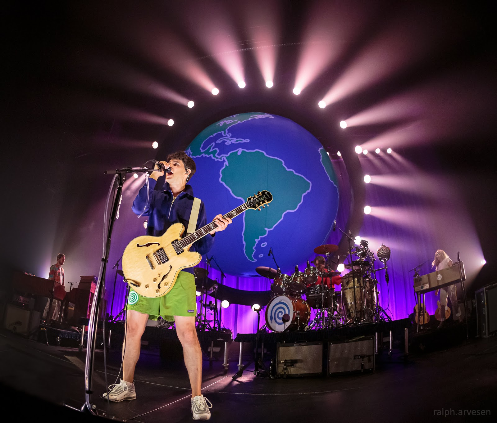 Vampire Weekend | Texas Review | Ralph Arvesen