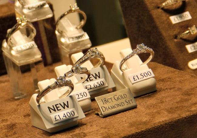 Beaverbrooks Diamond Rings