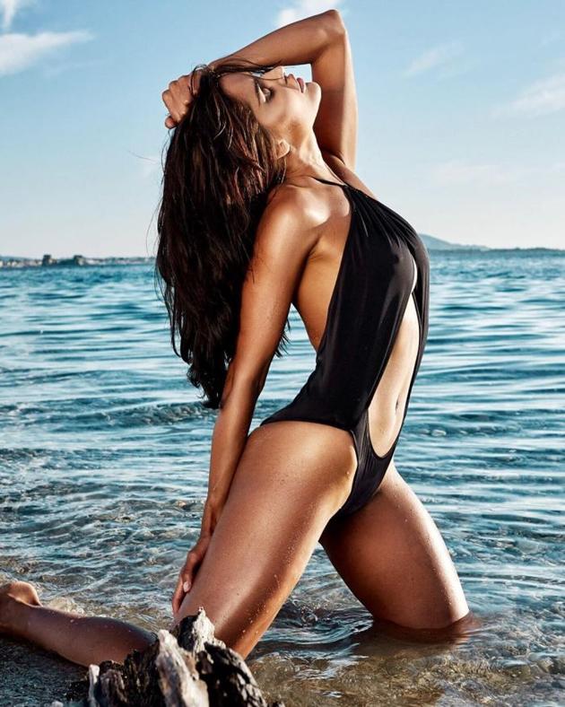 Nathalia Kaur Bikini Photo Shoot