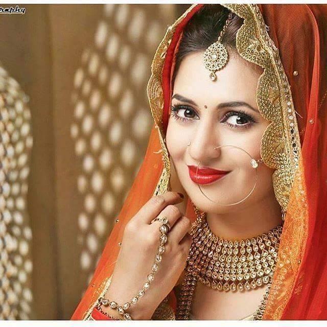 Yeh hai mohabbatein Divyanka tripathi marriage,wedding,age,latest news,husband  name,biography,vivek dahiya,sharad malhotra,family,engagement