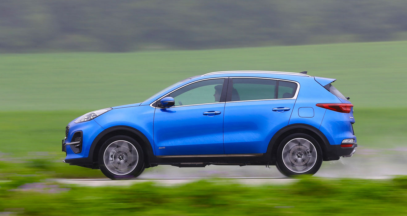 Kia Sportage 48V hybrid side view