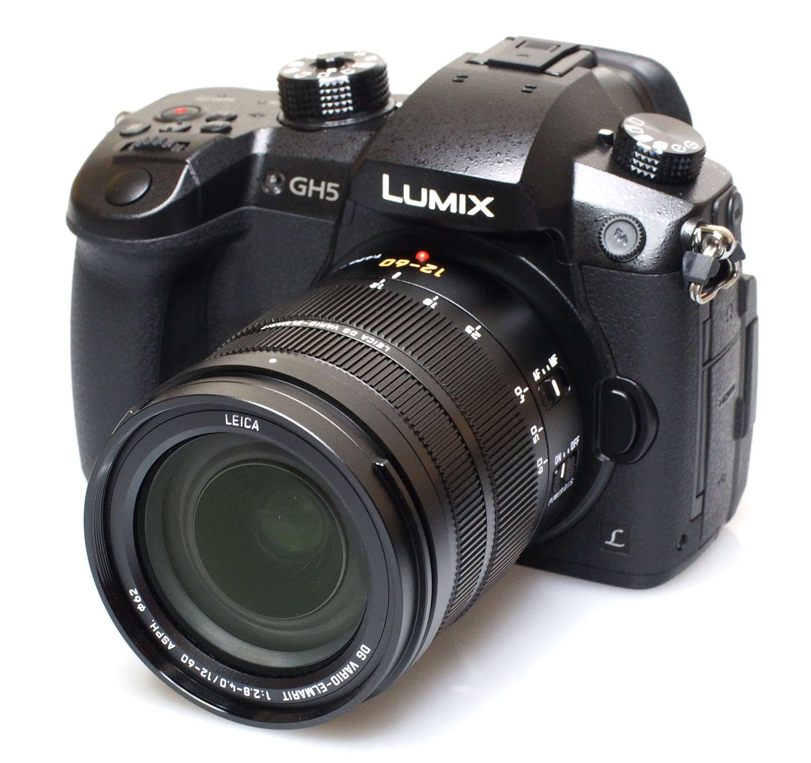 Panasonic Lumix GH5 с объективом Leica 12-60mm f/2.8-4.0