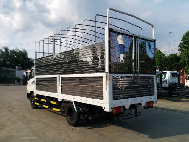 Xe tải 4,5 tấn Hyundai thùng bạt