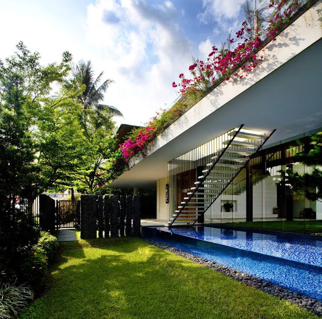 Contemporary Tropical Garden House