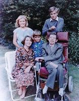 Stephen Hawking Evren Bilimi